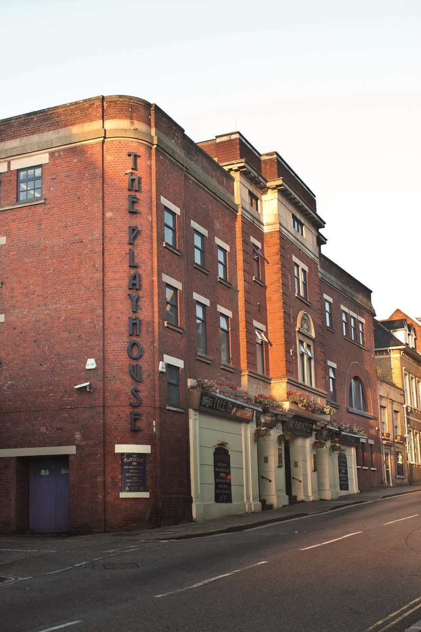 The Playhouse Pubs In Colchester J D Wetherspoon