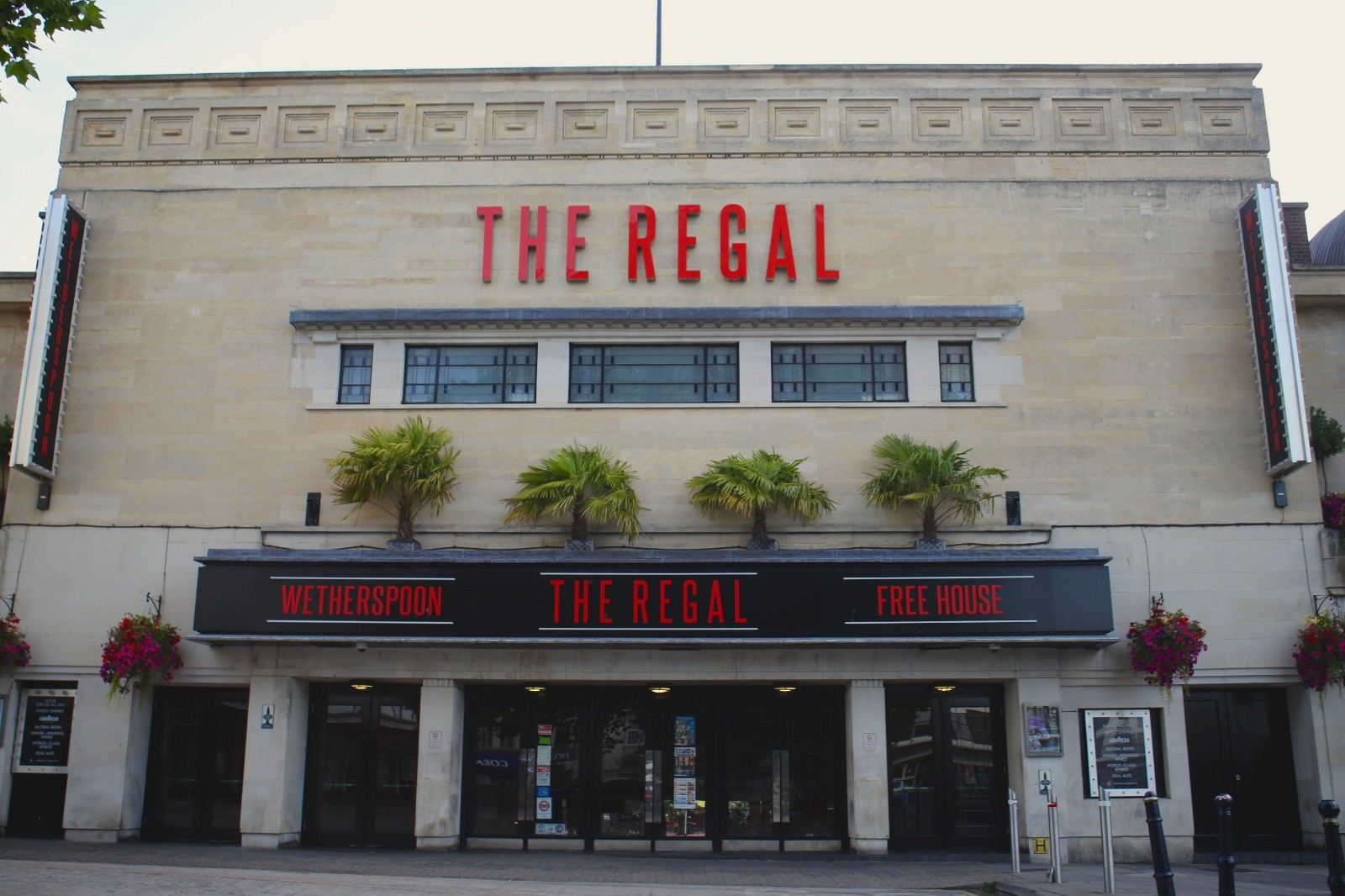 The Regal Pubs In Gloucester J D Wetherspoon