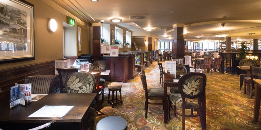 The Regal Pub In Cambridgeshire J D Wetherspoon