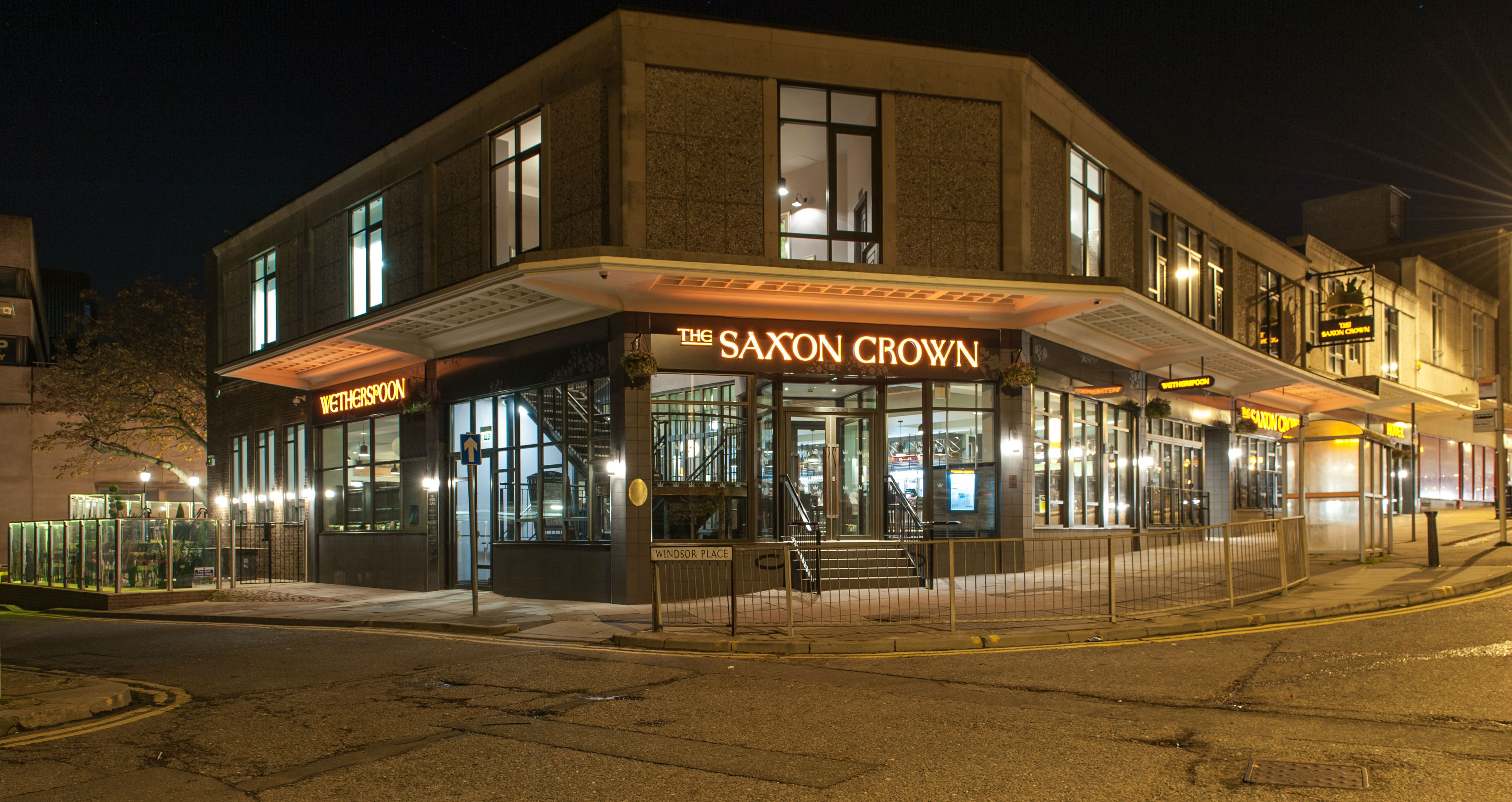 The Saxon Crown Hotels In Corby J D Wetherspoon